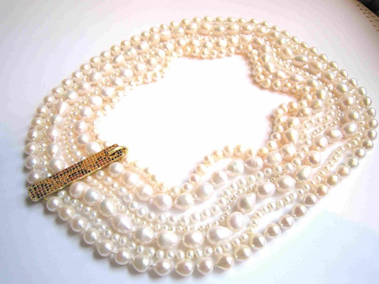 Pearl necklace silver, goldplated